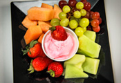 Fresh Fruit Platter with Yogurt Dip